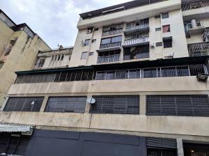 Apartamento En Ventaen Caracas, Parroquia Altagracia, Venezuela, VE RAH: 20-3967