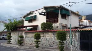Casa En Ventaen Guatire, Valle Arriba, Venezuela, VE RAH: 20-424