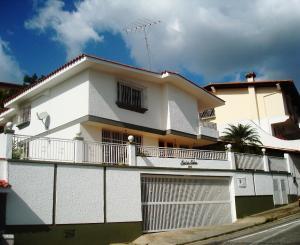 Casa En Ventaen Caracas, Los Naranjos Del Cafetal, Venezuela, VE RAH: 20-353