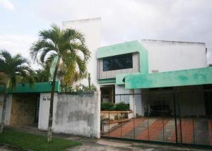 Casa En Ventaen Valencia, Altos De Guataparo, Venezuela, VE RAH: 20-727