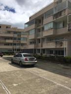 Apartamento En Ventaen Caracas, Bosques De La Lagunita, Venezuela, VE RAH: 20-365