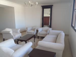 Apartamento En Alquileren Maracaibo, Avenida Bella Vista, Venezuela, VE RAH: 20-411