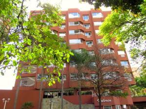 Apartamento En Ventaen Caracas, El Rosal, Venezuela, VE RAH: 20-5211