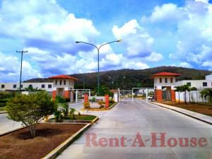 Casa En Ventaen Barquisimeto, Villas De Yara, Venezuela, VE RAH: 20-429