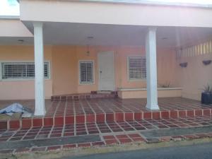 Casa En Ventaen Maracaibo, Santa Fe, Venezuela, VE RAH: 20-437