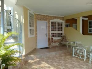 Casa En Ventaen Maracaibo, Santa Fe, Venezuela, VE RAH: 20-455