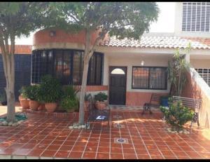 Casa En Ventaen Maracaibo, Amparo, Venezuela, VE RAH: 20-460