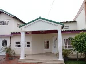 Casa En Ventaen Maracaibo, Santa Fe, Venezuela, VE RAH: 20-461