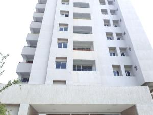 Apartamento En Ventaen Maracaibo, 5 De Julio, Venezuela, VE RAH: 20-481