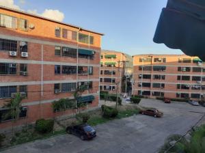 Apartamento En Ventaen Guatire, Las Lomas, Venezuela, VE RAH: 20-558