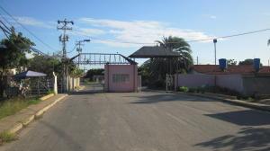 Casa En Ventaen Margarita, La Cruz Del Pastel, Venezuela, VE RAH: 20-624