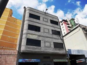 Local Comercial En Alquileren Caracas, Centro, Venezuela, VE RAH: 20-524