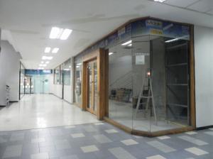 Local Comercial En Alquileren Caracas, Parroquia Catedral, Venezuela, VE RAH: 20-535