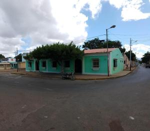 Local Comercial En Ventaen La Vela De Coro, Intercomunal Coro La Vela, Venezuela, VE RAH: 20-649