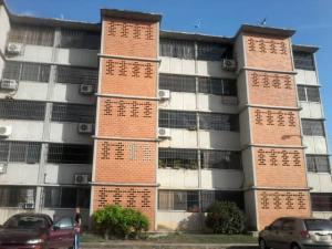 Apartamento En Ventaen Guarenas, Camino Real, Venezuela, VE RAH: 20-561