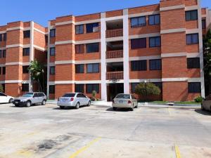 Apartamento En Ventaen Maracaibo, Avenida Milagro Norte, Venezuela, VE RAH: 20-573