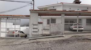 Apartamento En Ventaen Caracas, El Junquito, Venezuela, VE RAH: 20-603