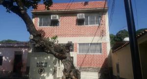 Edificio En Ventaen Guarenas, La Llanada, Venezuela, VE RAH: 20-733