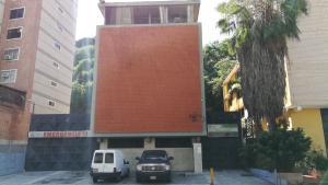 Edificio En Ventaen Caracas, Colinas De Bello Monte, Venezuela, VE RAH: 20-852