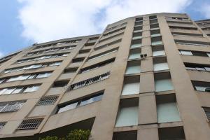 Apartamento En Ventaen Caracas, Los Chaguaramos, Venezuela, VE RAH: 20-673