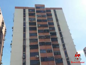 Apartamento En Ventaen Maracay, San Jacinto, Venezuela, VE RAH: 20-684