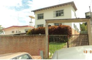 Casa En Ventaen Caracas, Miranda, Venezuela, VE RAH: 20-861