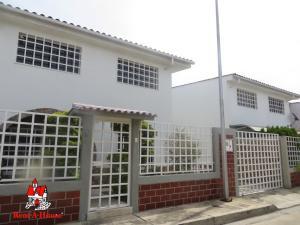 Townhouse En Ventaen Municipio Linares Alcantara, La Morita I, Venezuela, VE RAH: 20-685