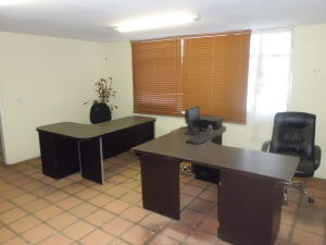 Oficina En Ventaen Cabudare, Centro, Venezuela, VE RAH: 20-809