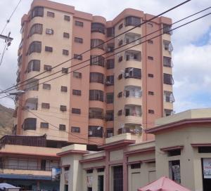 Apartamento En Ventaen La Victoria, Centro, Venezuela, VE RAH: 20-824