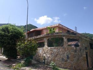 Casa En Ventaen Valencia, Trigal Norte, Venezuela, VE RAH: 20-847