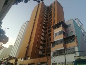 Apartamento En Ventaen Caracas, Parroquia Altagracia, Venezuela, VE RAH: 20-1335