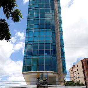 Local Comercial En Alquileren Maracay, La Arboleda, Venezuela, VE RAH: 20-866