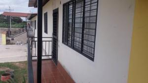 Apartamento En Ventaen Turmero, El Macaro, Venezuela, VE RAH: 20-1555
