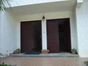 Casa En Ventaen Caracas, Macaracuay, Venezuela, VE RAH: 20-897
