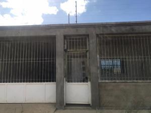 Casa En Ventaen Punto Fijo, Guanadito, Venezuela, VE RAH: 20-970