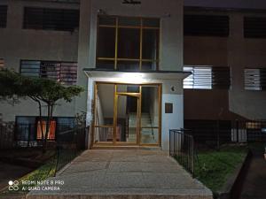 Apartamento En Ventaen Caracas, Colinas De Bello Monte, Venezuela, VE RAH: 20-1167