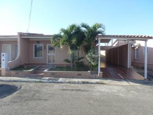 Casa En Ventaen Cabudare, La Piedad Norte, Venezuela, VE RAH: 20-1092
