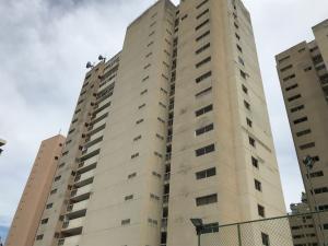 Apartamento En Ventaen Catia La Mar, Playa Grande, Venezuela, VE RAH: 20-1058
