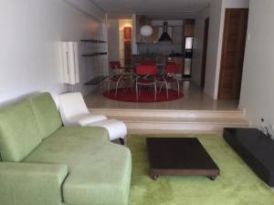Apartamento En Ventaen Maracaibo, La Lago, Venezuela, VE RAH: 20-1071