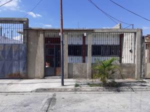 Casa En Ventaen Yaritagua, Municipio Peña, Venezuela, VE RAH: 20-1083