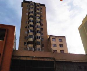 Apartamento En Ventaen Caracas, Parroquia La Candelaria, Venezuela, VE RAH: 20-1133