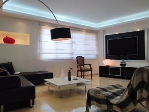 Apartamento En Alquileren Maracaibo, Tierra Negra, Venezuela, VE RAH: 20-1237