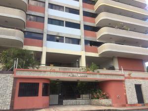 Apartamento En Ventaen Lecheria, Casco Central, Venezuela, VE RAH: 20-1297
