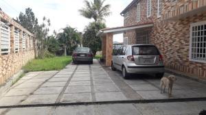 Casa En Ventaen Caracas, El Hatillo, Venezuela, VE RAH: 20-1358