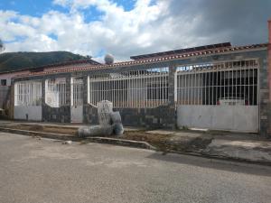 Casa En Ventaen Turmero, Valle Fresco, Venezuela, VE RAH: 20-1426