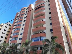 Apartamento En Ventaen Valencia, Prebo I, Venezuela, VE RAH: 20-1433
