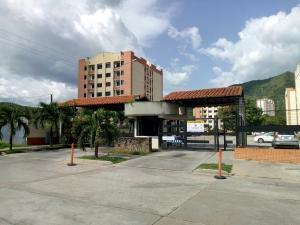 Apartamento En Alquileren Municipio Naguanagua, El Rincon, Venezuela, VE RAH: 20-1487