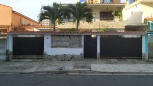 Casa En Ventaen Valencia, La Trigaleña, Venezuela, VE RAH: 20-1498