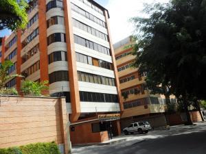 Apartamento En Alquileren Caracas, Campo Alegre, Venezuela, VE RAH: 20-3934