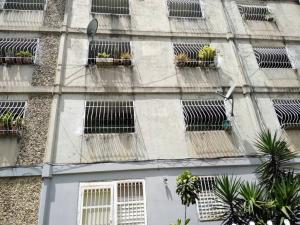 Apartamento En Ventaen Caracas, Caricuao, Venezuela, VE RAH: 20-1522